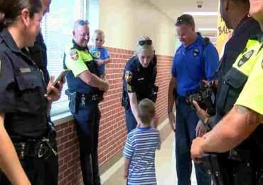Little Boy Gets Escorted by Police Officers To The Classroom. The Reason Behind It Will Warm Your Heart!