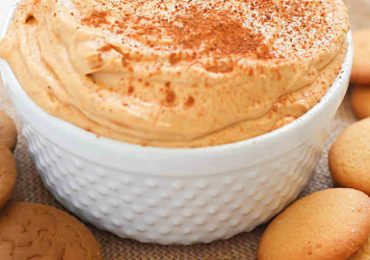 Delicious Skinny Pumpkin Pie Dip Perfect For Fall