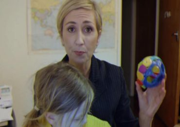 This Is How A Mom Would Handle It! Parody Of The Famous Interrupted BBC Interview Goes Viral.
