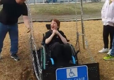 City Installs A Park Swing For Wheelchairs And Boy Can't Contain His Excitement